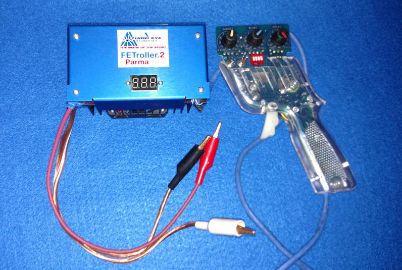 FETroller Slotcar Controller by 3rdEye Technology - With Meter